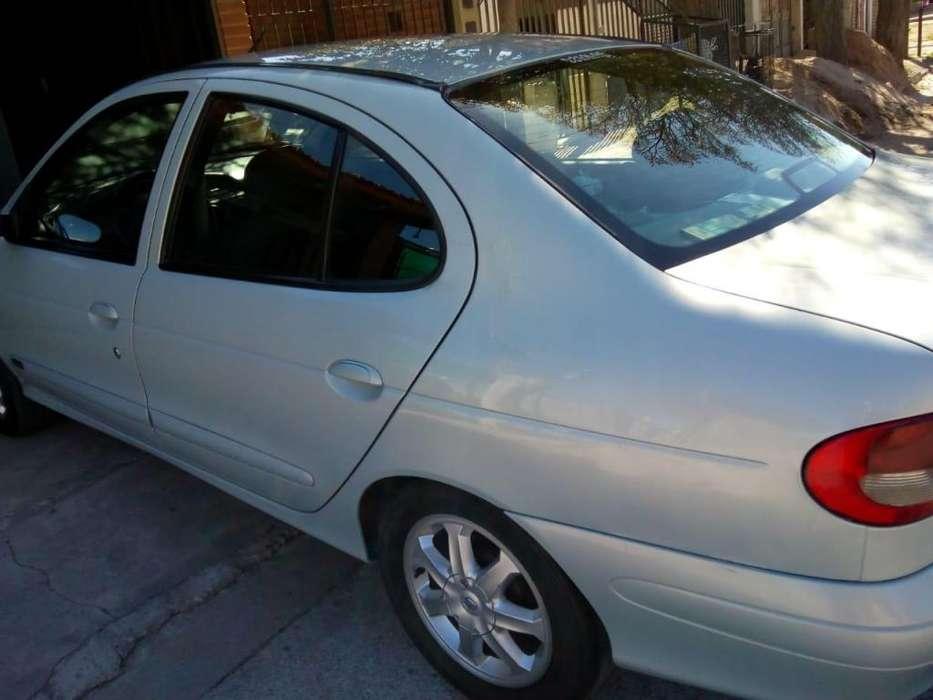 Renault Megane  2007 - 120000 km