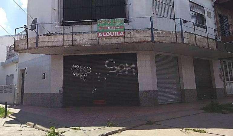 Alquiler Local Av. 893 esquina 855 San Fco. Solano.