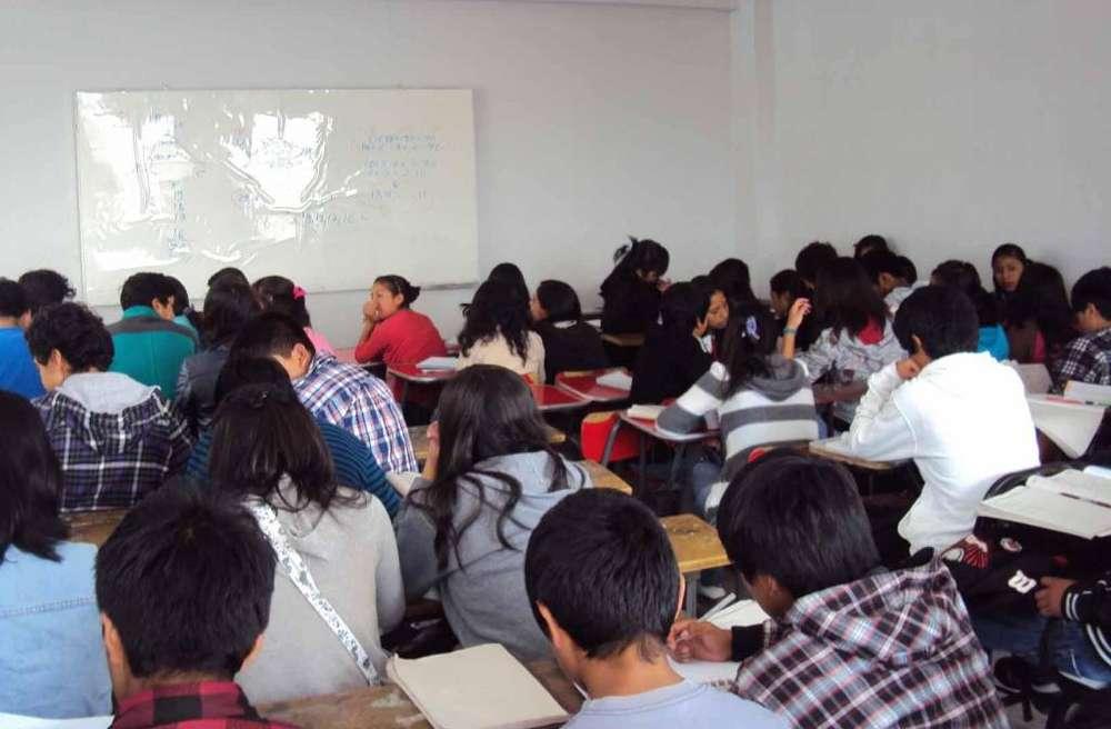 Clases de Reforzamiento Matemáticas Física Química y Todos los cursos También talleres Adicionales MÚSICA Y MÁS