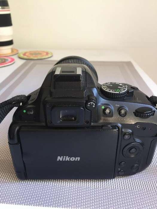 Cámara Nikon Flash Nikon Lente 18-200 VR
