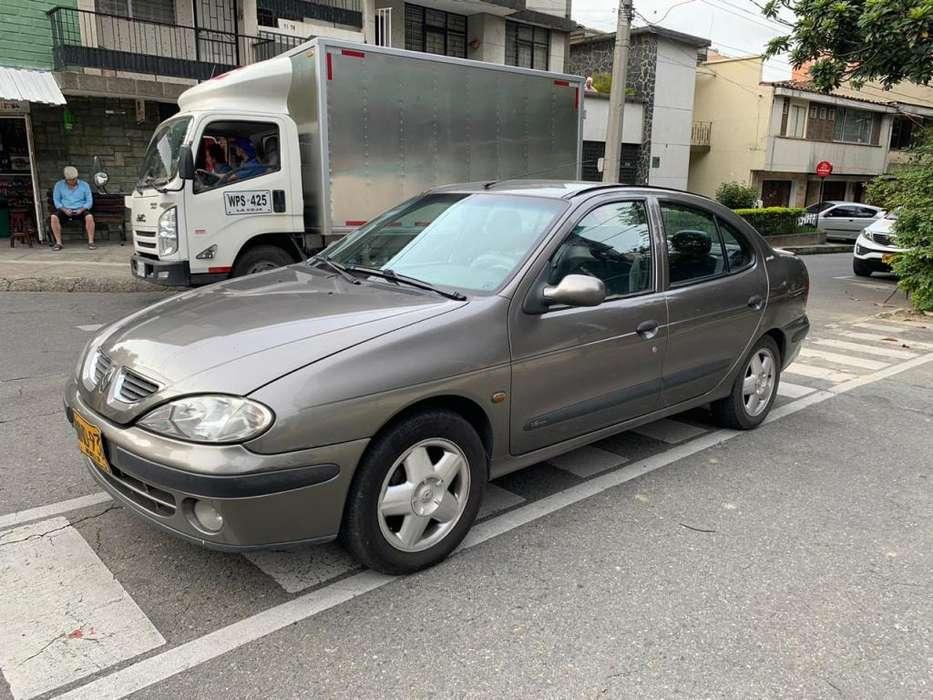 Renault Megane  2005 - 120000 km