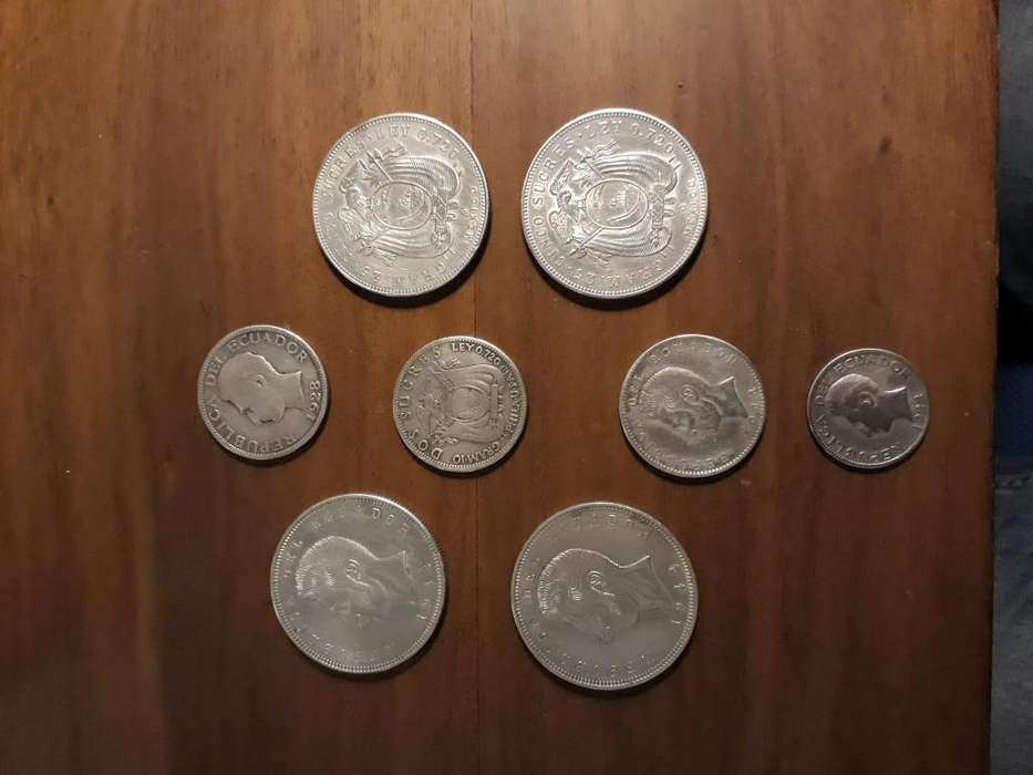 Monedas de plata de 5 , 2 y 1 sucre 1928 y 1943