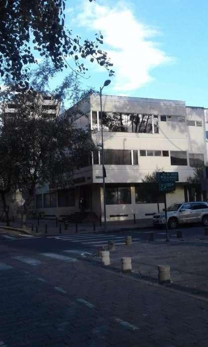 <strong>edificio</strong> en Venta cerca a la Plaza Foch/ Mariscal Sucre