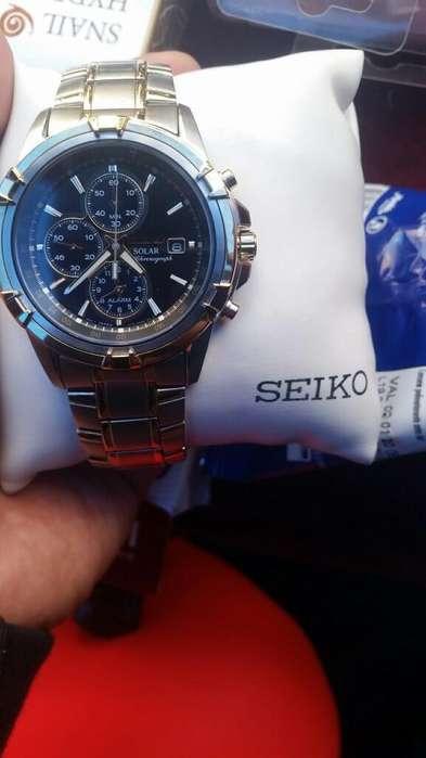Vendo Reloj Seiko Chronograph Solar
