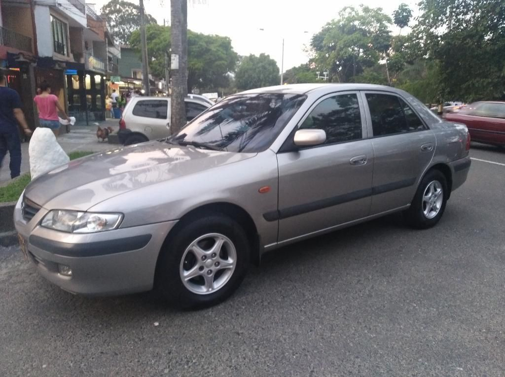 mazda 626 modelo 2004