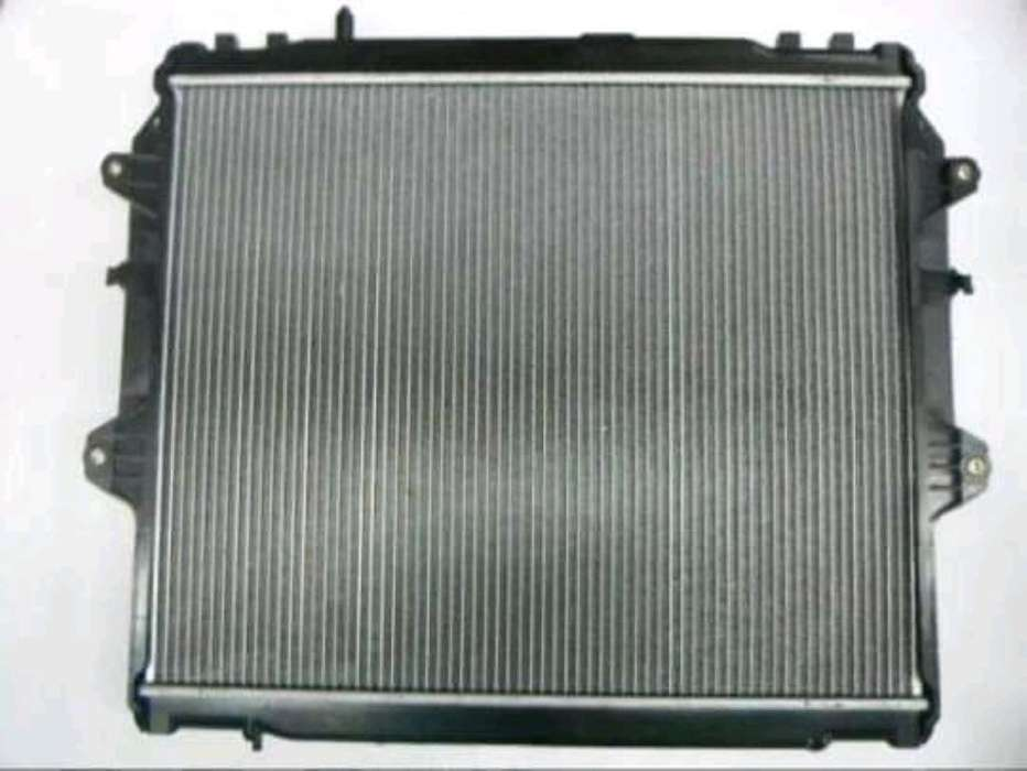 Radiador de Toyota Hilux 3.0