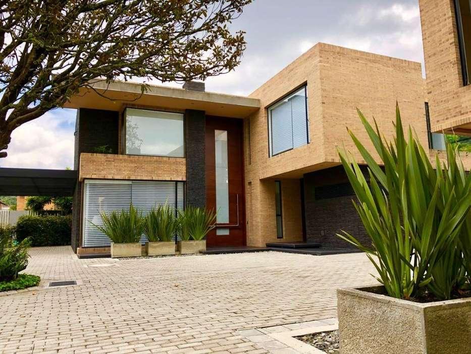 Moderna casa campestre en San José de Bavaria para estrenar 800 M2
