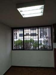 Rento Casa Esquinera Sector Quicentro