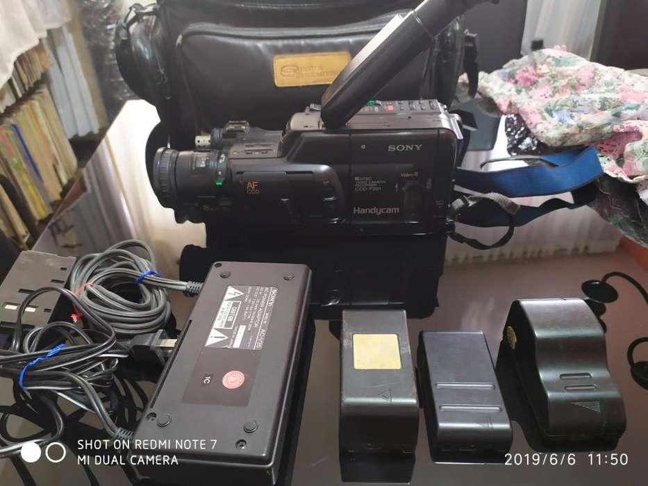 Barata camara de video SONY AC-V35
