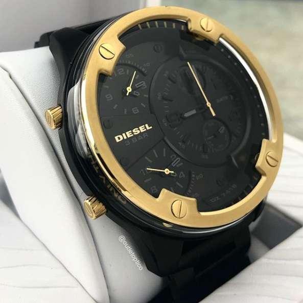 Reloj Diesel-7418 Gafas Invicta Guess Casio Diesel Versace Oakley Tissot Fossil OUTLET OPTICO