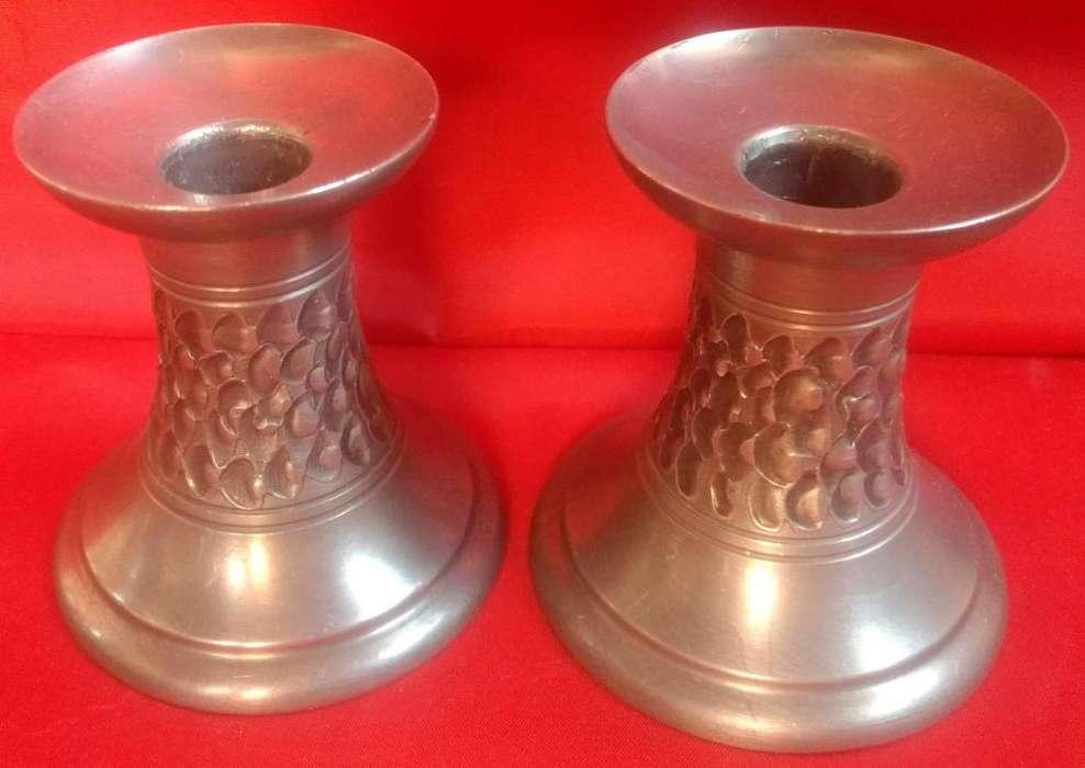 2 Antiguos Candelabros De Estaño / peltre con sello