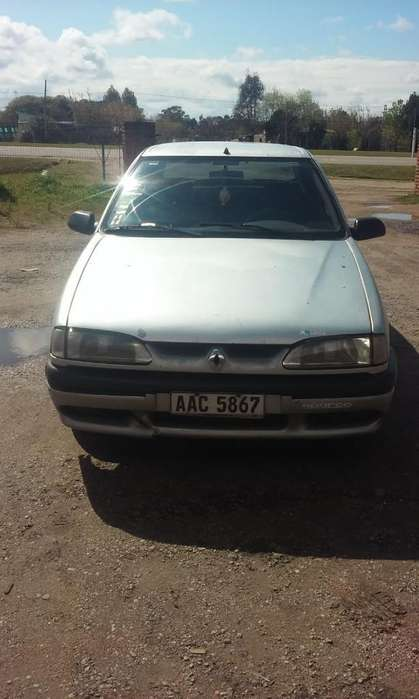 <strong>renault</strong> R19 1997 - 285000 km