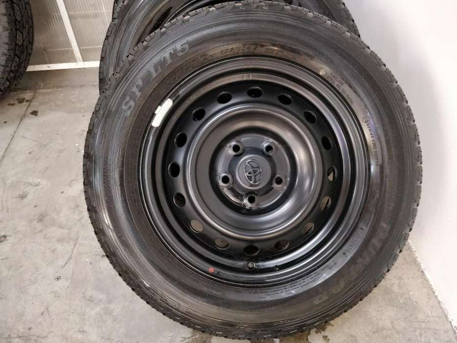 Aros Hilux Rin 16 Y <strong>llantas</strong> Dunlop