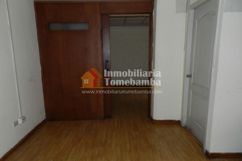 Oficina de venta en Cuenca en el Edificio CICA