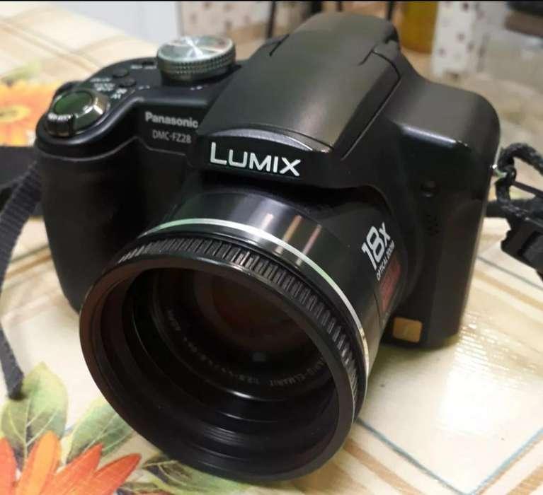 Camara Lumix Panasonic Fz28