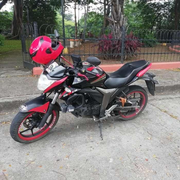 Moto Susuki Gixxer