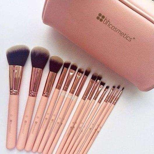 ORIGINAL Set de Brochas Bh Cosmetics BH Chic