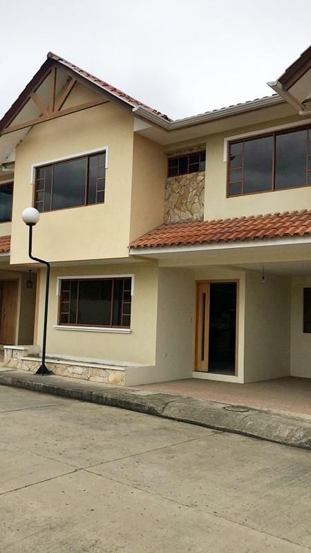 En Venta Hermosa Casa, Sayausi