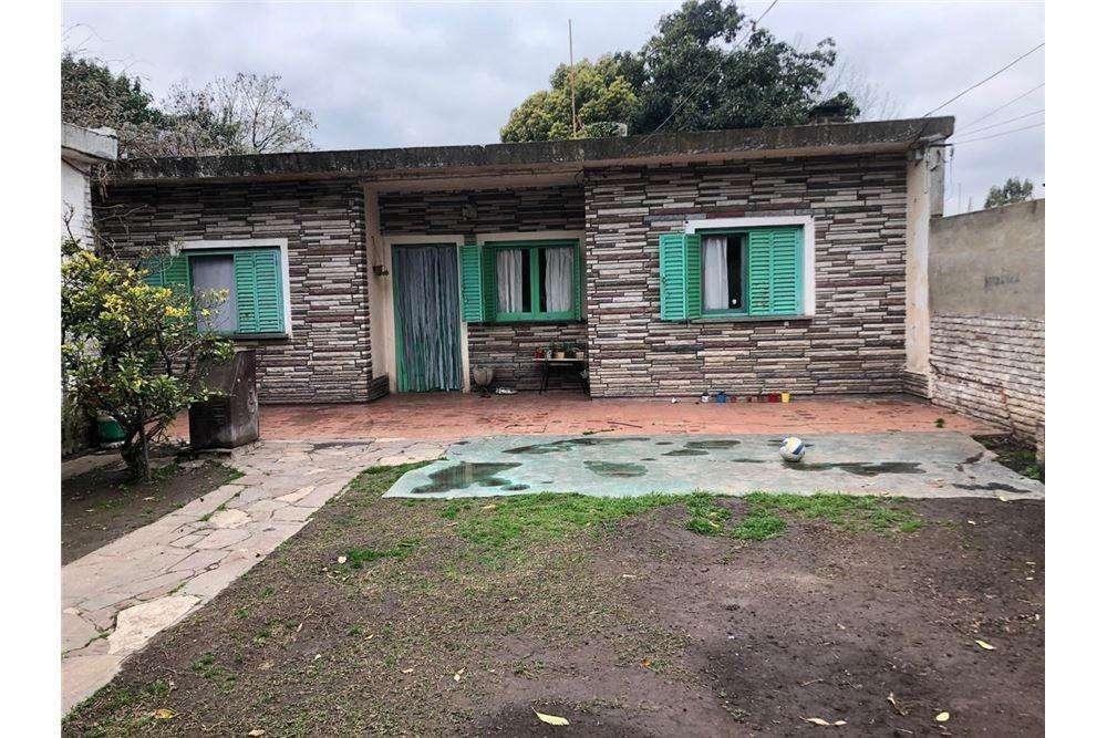 Casa Venta 3 Ambientes Villa Udaondo, Ituzaingo