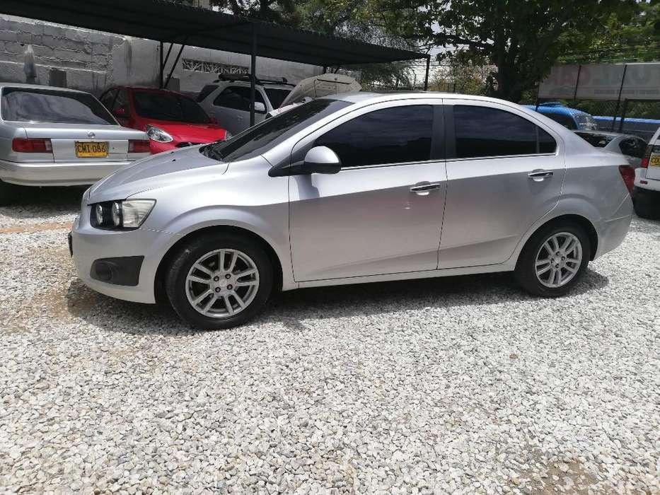 Chevrolet Sonic 2013 - 70000 km