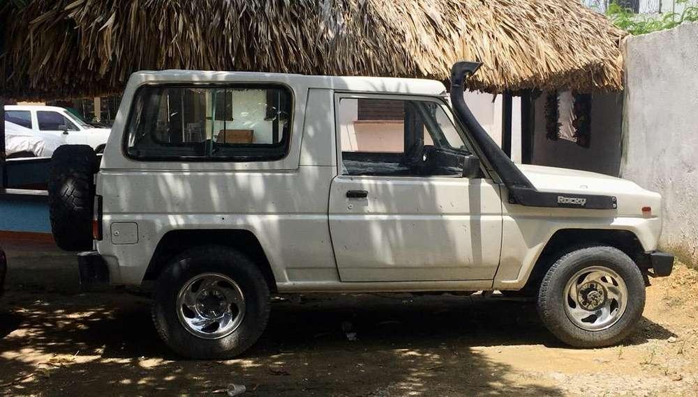 Daihatsu Rocky 1986 - 0 km