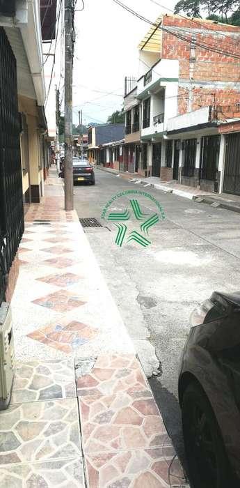 Vendo Casa Poblado 1 Vehicular Pereira - wasi_1474226