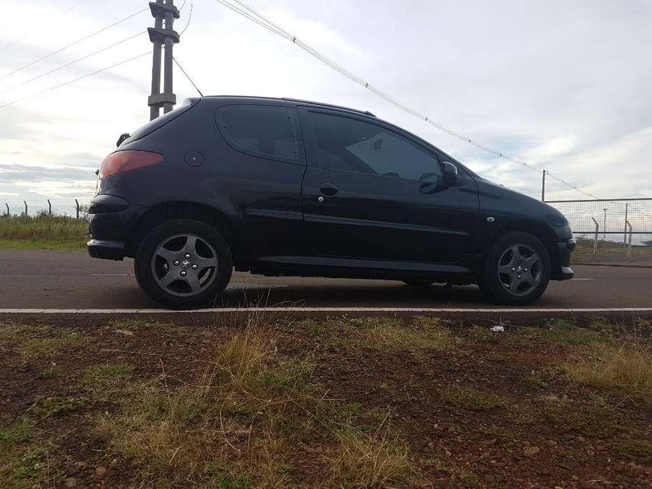 Peugeot 206 2008 - 170000 km