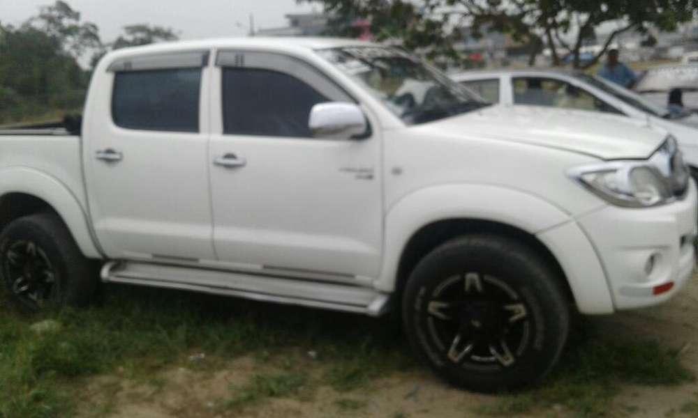 Toyota Hilux 2011 - 127000 km