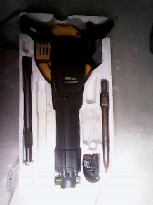 Roto Martillo a Gasolina con Accesorios