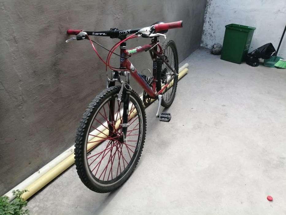 Bicicleta Todoterrno en Buen Estado