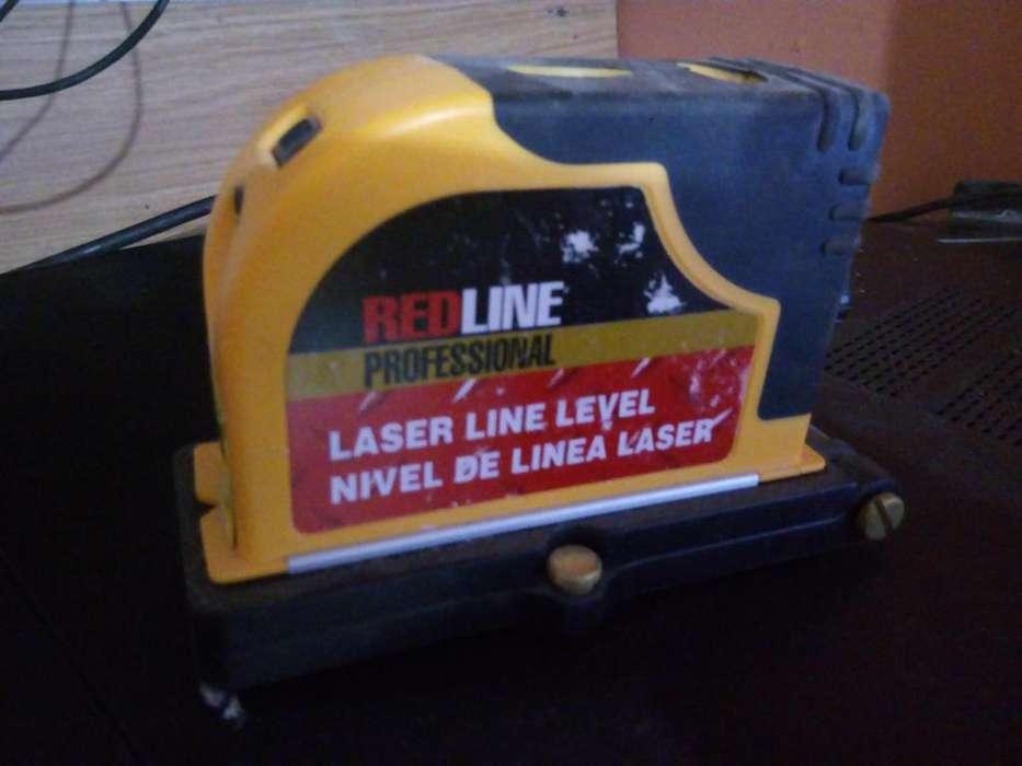 Redline Nivel láser de línea 29LL15D Herramientas