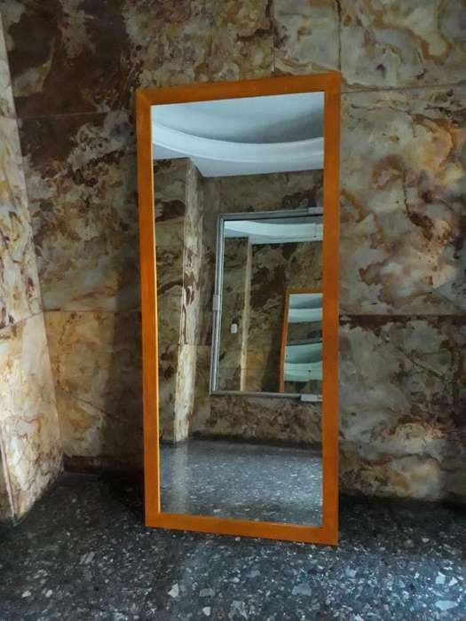 <strong>espejo</strong> con Marco de Madera 1.80x80