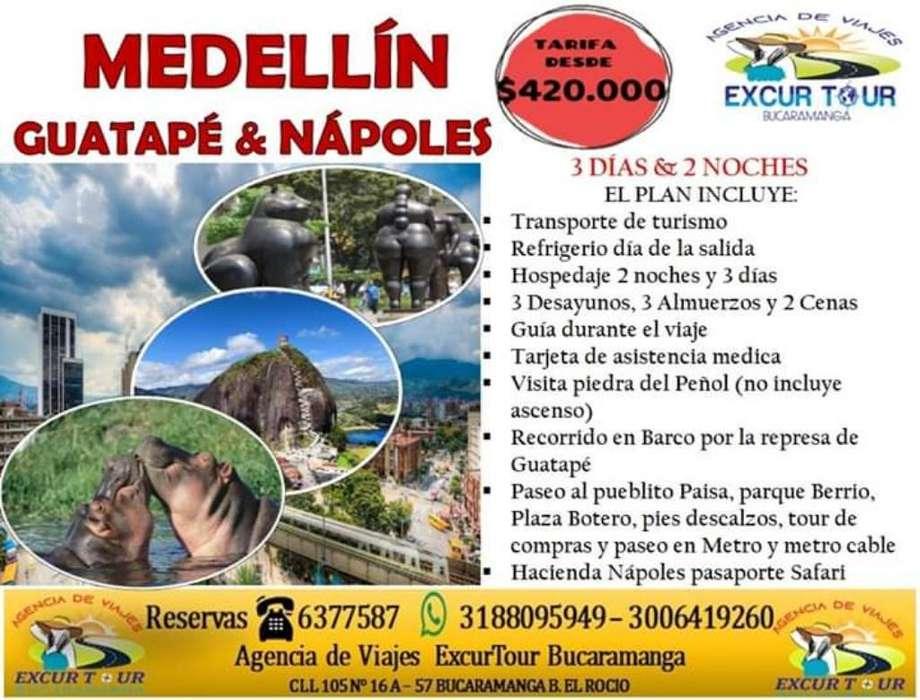 Tour Medellín, Guatapé Nápoles