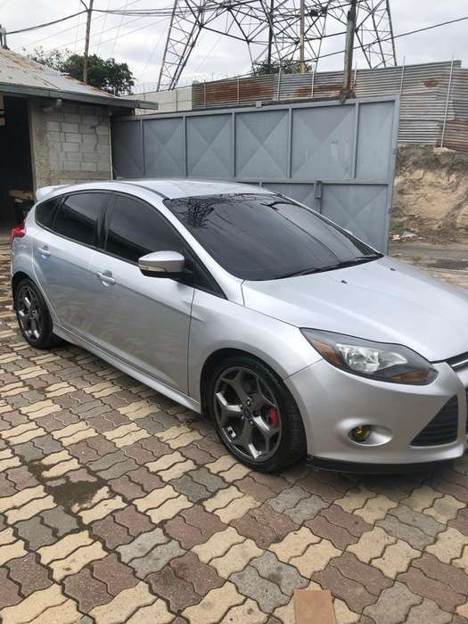 Ford Focus 2014 - 100000 km