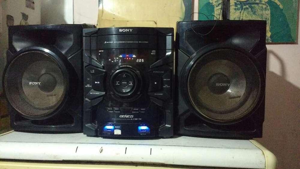 Equipo de Música Sony Genezi