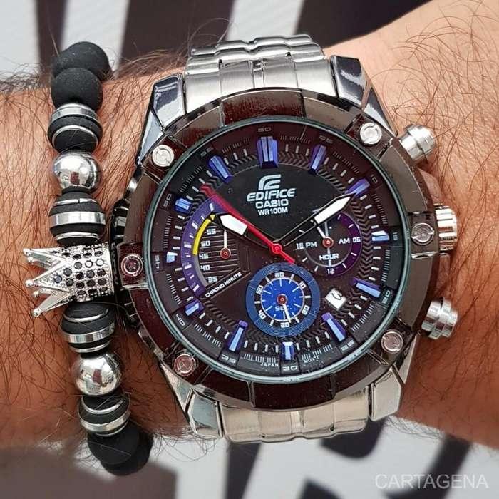 Se vende Casio Edifice cronografos y calendario para hombre