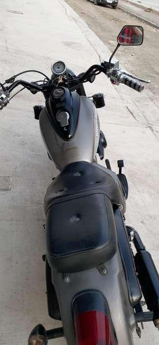 Moto Um