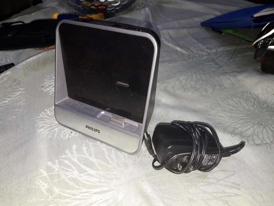 Parlante Philips Aj5300/37 Radio Base Dock