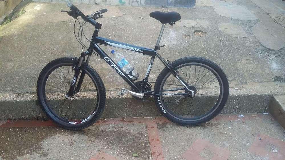 Bicicleta GW MUTEITOR
