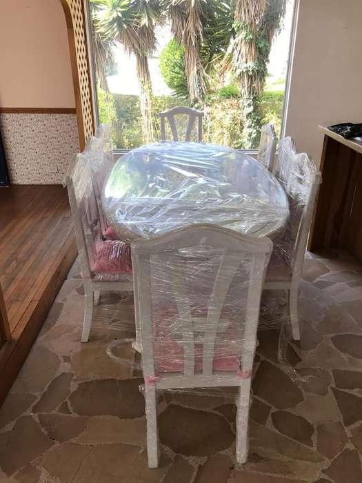 Comedor Blanco de 8 <strong>sillas</strong>