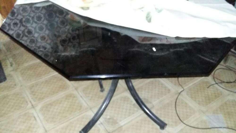 Mesa Exagonal con 4 <strong>silla</strong>s