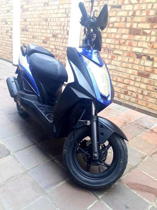 Motocicleta Señoritera Agility Rs