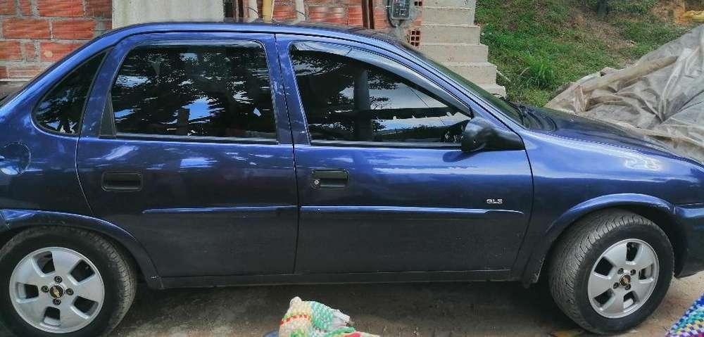 Chevrolet Corsa 4 Ptas. 2002 - 180000 km
