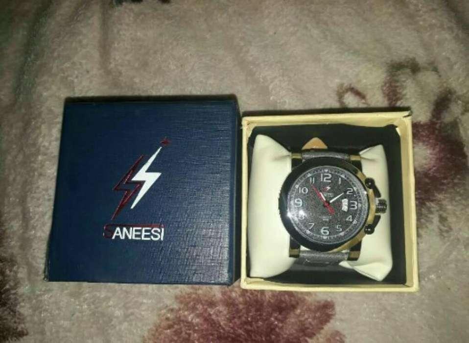 Reloj Saneesi