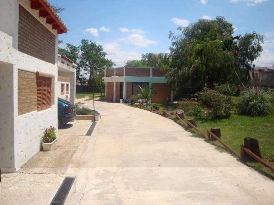ff52 - Cabaña para 2 a 6 personas con pileta y cochera en Villa Carlos Paz