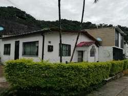 Se Vende Casa Esquinero