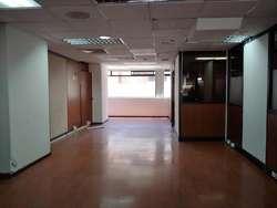 RENTA OFICINA 440 M2 EN LA ALPALLANA