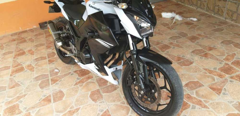 Se Vende <strong>kawasaki</strong> Z 250