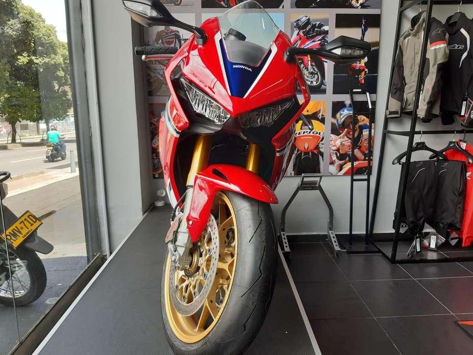 Honda CBR1000RR Fireblade SP1