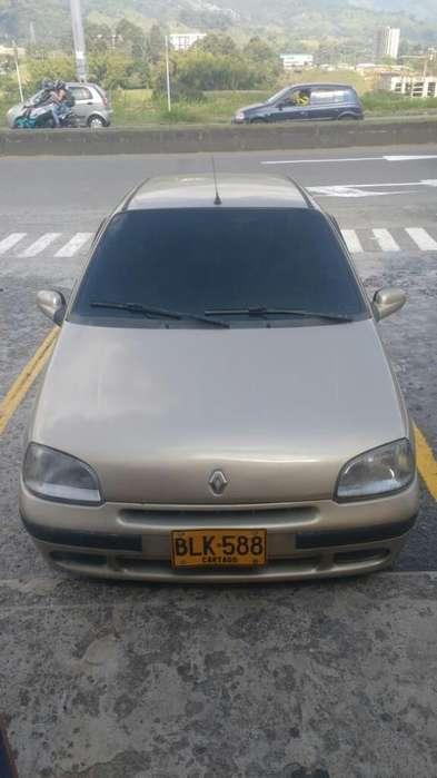 Renault Clio  2001 - 190000 km